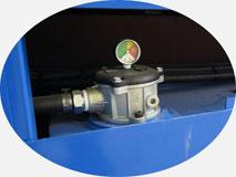 Трубогиб с ЧПУ, модель 30-TBRE | Масляный фильтр тонкой очистки с индикацией загрязнения.