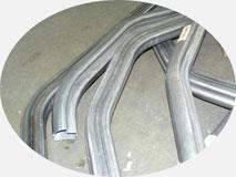 Гибка стального профиля SADEF (8-ка) трубы для изготовления кабины автокрана.