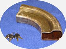 Гибка Р-образной стальной трубы для изготовления кабин тракторов и другой техники.